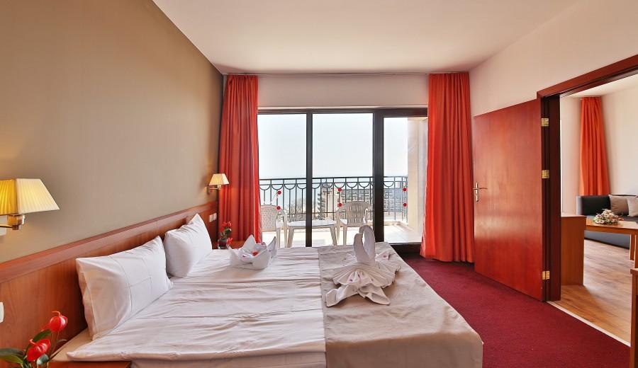 Спечели_почивка_в_Prestige_Hotel_Aquapark_на_Златни_пясъци_3.jpg