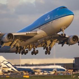 Самолетни билети до Единбург, KLM